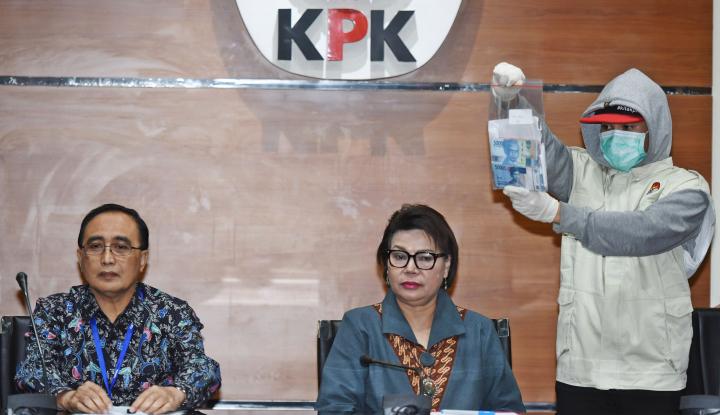 Foto Berita KPK Geledah Rumah Inneke di Menteng