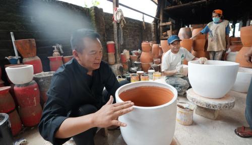 Foto Cagub PDIP Jabar Napak Tilas Bung Karno