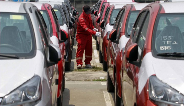 Foto Berita Fiat Chrysler Recall 200.000 Minivan dan SUV