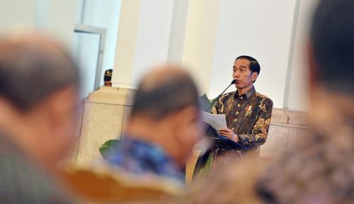 Foto Jokowi Panggil Menteri dan Pemilik Tol ke Istana