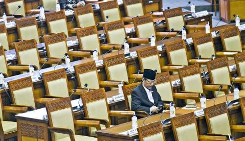 Foto Anggota DPR Sering Dikritik, Tapi Sering Bolos