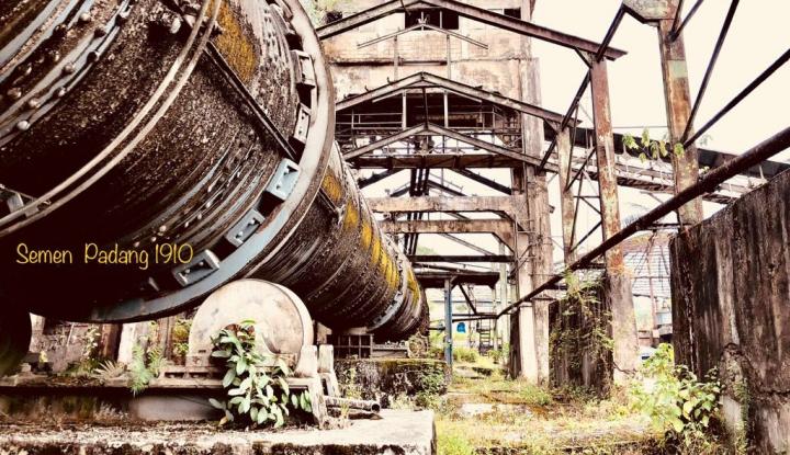 Foto Berita Di Usia 108 Tahun, Pabrik Semen Padang Akan Jadi....