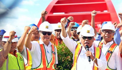 Foto Jembatan Holtekamp Tumbuhkan Pusat Ekonomi Baru di Timur Kota Jayapura