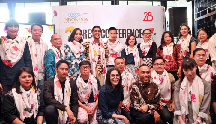 Foto Berita Plaza Indonesia Hadirkan 23 Desainer di PIFW Spring Summer