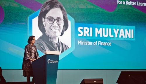 Foto Sri Mulyani Tokoh Perempuan Tervokal Kalahkan Megawati