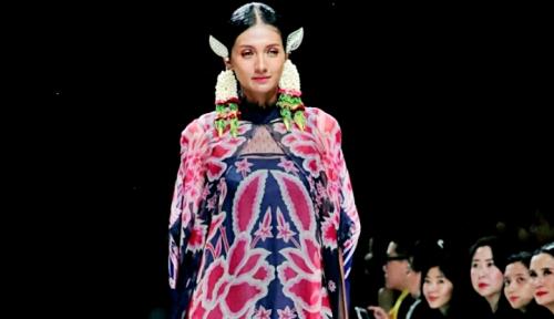 Foto Iwan Tirta Komitmen Hadirkan Produk Fesyen Bernilai Budaya yang Relevan dengan Zaman