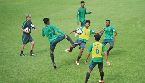 Foto Bima Sakti Dipecat, Indra Sjafri Jabat Kembali Posisi Pelatih
