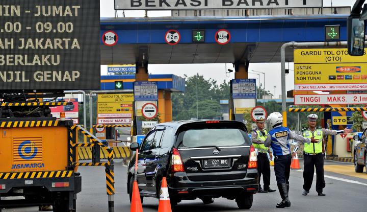 Foto Berita Menhub Harap Tarif Tol Turun Hingga 20%