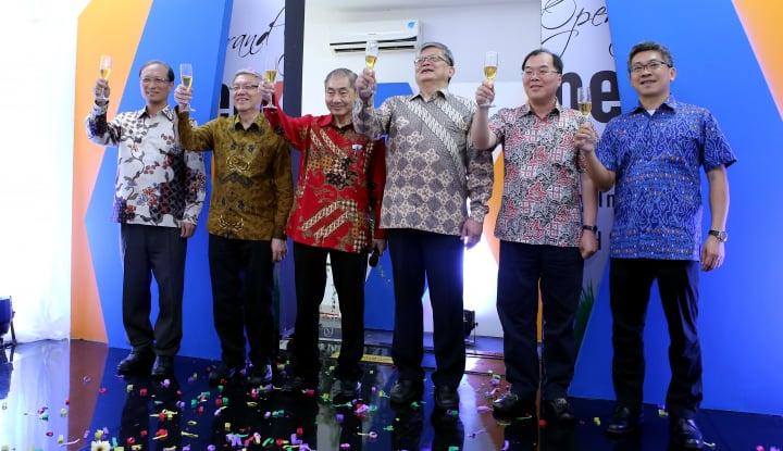 Foto Berita Celxpert Energy Bikin Baterai Lithium di Subang