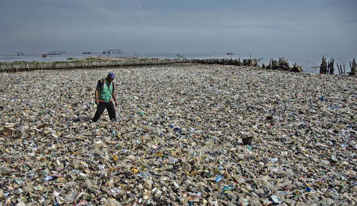 Foto Berita Pemprov DKI Janji Terus Bersihkan Teluk Jakarta