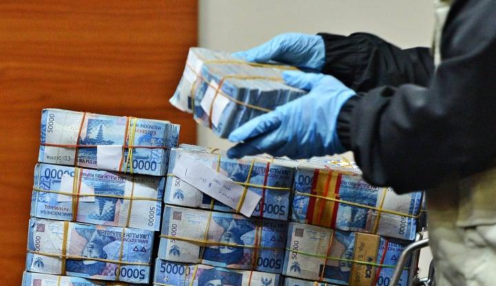 Suap KONI, Pejabat Kemenpora Dituntut 7 Tahun Penjara - Warta Ekonomi