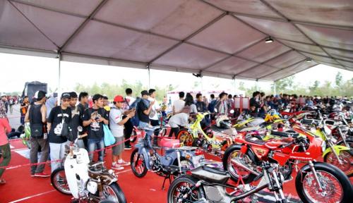 Foto Laba Bersih Q1 2018 Turun, AUTO: Masih on The Track