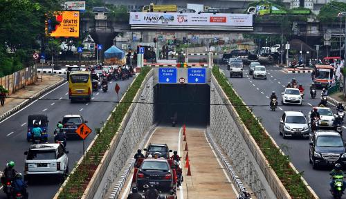 Foto Pemerintah Diminta Ketatkan SPM Taksi Online