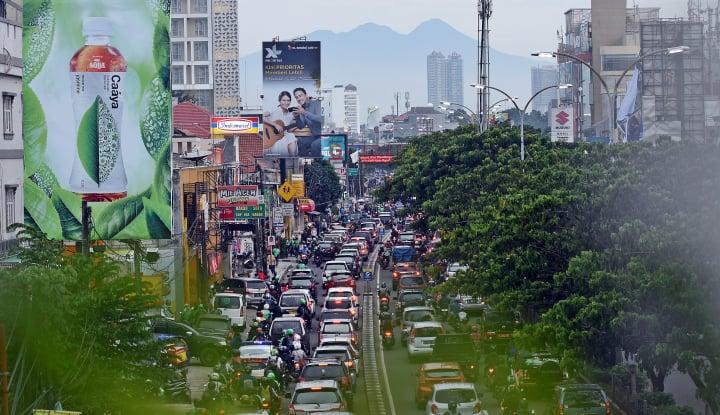 Listrik Mati, Lalu Lintas di Depok Kacau Balau - Warta Ekonomi