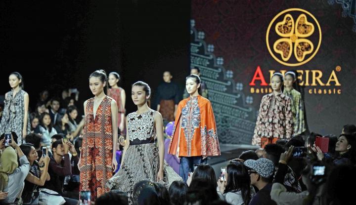 Foto Berita Alleira Tampilkan Produk Batik Ala Paris Amorous