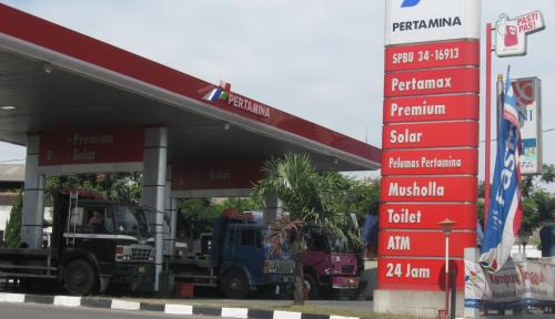 AKRA Rival Pertamina Resmi Buka 4 SPBU di Indonesia