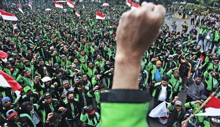 Foto Berita Demo Ojol: Kami Juga Anak Bangsa, Negara Legalkan Kami