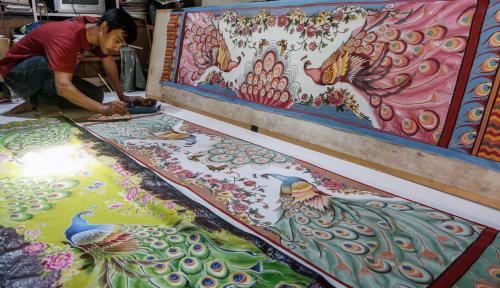 Foto Batik Indonesia Tembus Pasar Yunani