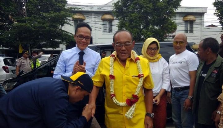 Foto Berita Ical Turun Gunung Hadapi Pilwalkot Bandung
