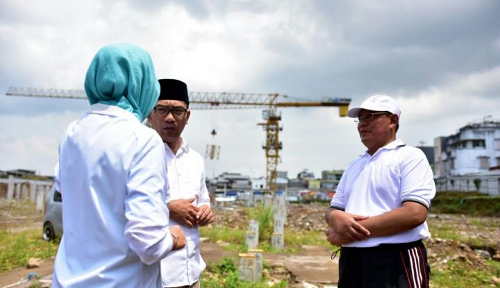 Foto Berita Ridwan Kamil Terima Keluhan Kondisi Pasar Mangkrak