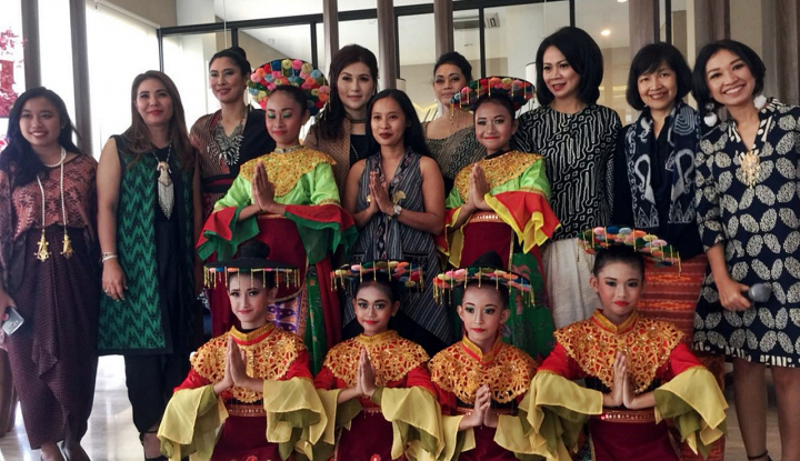 Foto Berita Songsong Hari Kartini, Synthesis Development Gelar Jelita Berkarya
