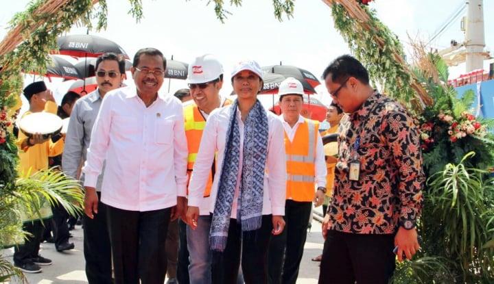 Foto Berita Menteri BUMN Resmikan Kapal Curah Milik Djakarta Lloyd