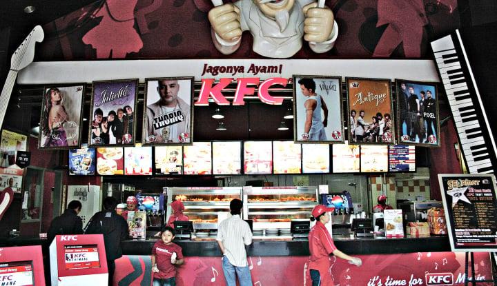Foto Berita Tutup 97 Gerai dan Rumahkan Karyawan, Begini Kisah Berdirinya KFC di Indonesia