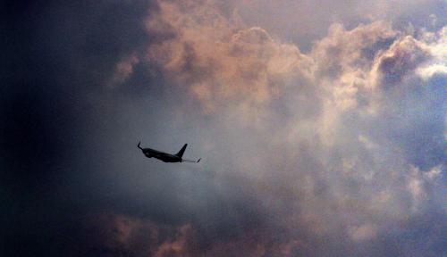 Foto Sektor Penerbangan Belum Terganggu Cuaca Ekstrem