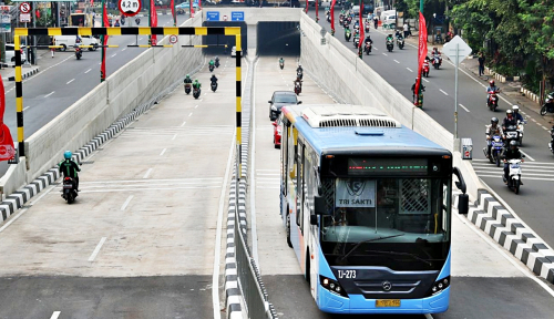 Foto Kamera E-tilang Siap Intai Penerobos Jalur Transjakarta