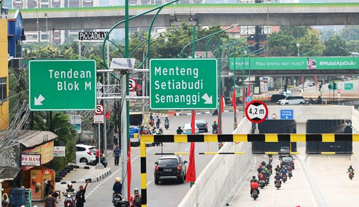 Foto Berita Penutup Saluran Sering Kena Curi, Pemprov DKI Pasang CCTV di Underpass Mampang