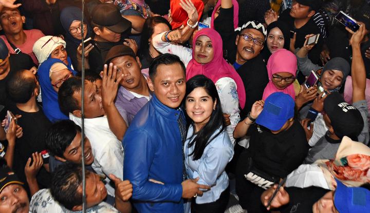 Foto Berita Kunjungi Papua, Agus Yudhoyono Disambut Tari-tarian