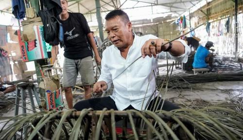 Foto Kang Hasan Bakal Perluas Pasar Rotan Jabar