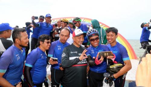 Foto Milad PKS, Syaikhu Sambut Goweser Tour de Jakarta