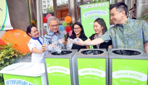 Foto Benahi Masalah Sampah, Agung Podomoro Gandeng Go-Pay