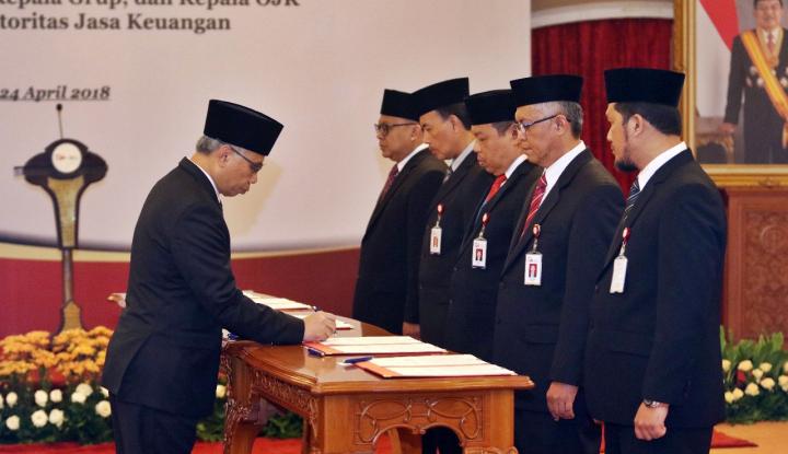 Foto OJK Lakukan Pergantian Sejumlah Pejabat