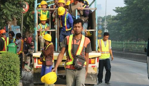 Foto Genting Corona, PUPR Jamin Hak Pekerja Konstruksi
