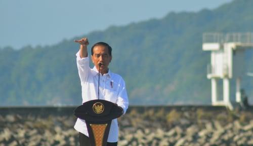Foto Jokowi: yang Mau Bersaing Posisi Cawapres, Silakan!
