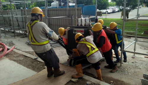 Foto Mei, PLN Targetkan Pengerjaaan Listrik RLT Palembang Rampung 100%
