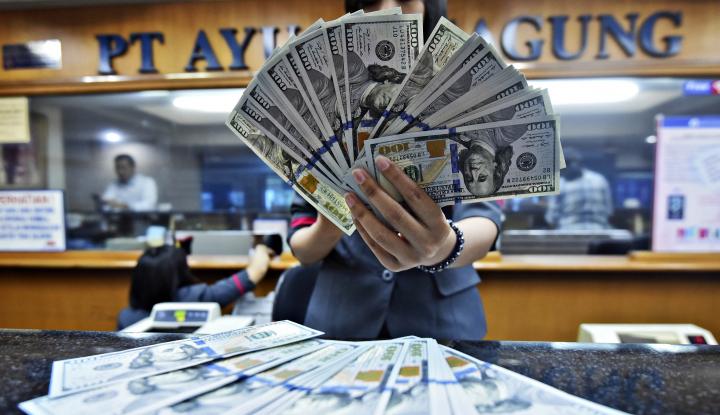 Foto Berita Di Tengah Ketegangan Geopolitik, Dolar AS Menguat