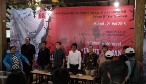 Foto Kenang Perjuangan Rakyat, Pena 98 Gelar Pameran Foto dan Diskusi di 11 Kota