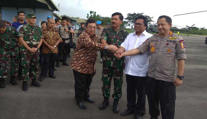 Foto Berita Oso Puji Kinerja TNI dan Polri Menjaga Daerah Perbatasan