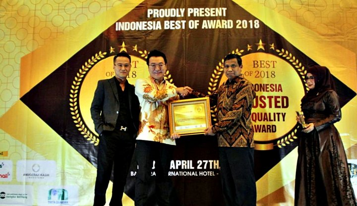 Foto Berita AKI Group Raih Indonesia Trusted of Quality Award