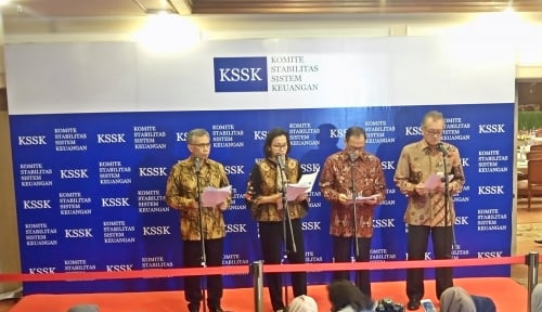 Foto OJK: Kinerja Emiten Mampu Redam Sentimen Negatif di Pasar Modal