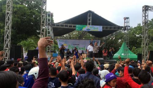 Foto Peringatan May Day di Medan, Wagub Sumut Bagi-Bagi Doorprize