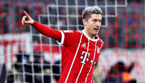 Foto Bayern Munich Curi Tiga Poin di Kandang Mainz
