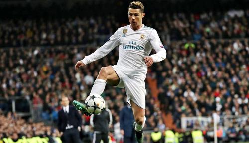 Foto Ronaldo Khawatirkan Trio Cepat Liverpool
