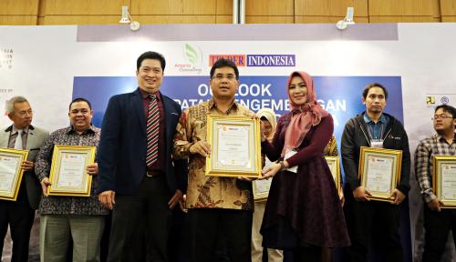 Foto Konsisten Kembangkan Perkeretaapian, Len Sabet Penghargaan Inspirasi Indonesia