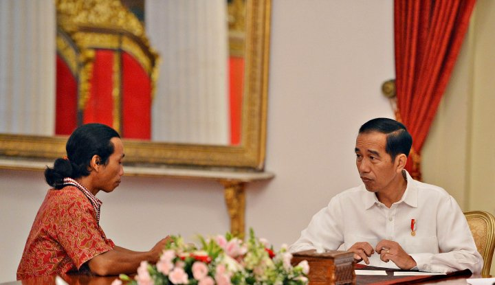 Foto Berita Sopir Truk Ngeluh Banyak Pungli, Apa Kata Presiden Jokowi?