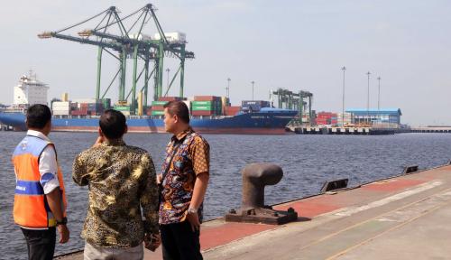 Foto Pelindo III Salurkan Dana CSR Rp2 Miliar
