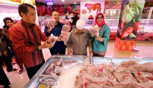Foto Toko Daging Nusantara, Belanja Daging Harga Murah